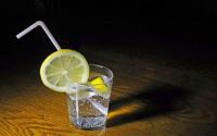 喝苏打水对痛风有用吗?如何自制苏打水